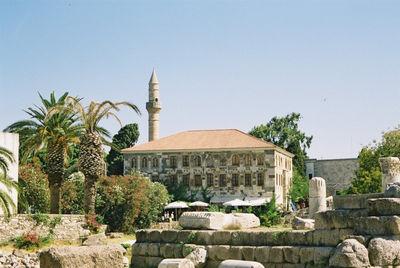 De Hadji-Hassan moskee, beter bekend als de loggiamoskee in Kos-Stad - Foto van Patrick Buijs